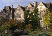 how I imagined Farrington Manor might look