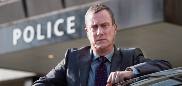 Stephen Tompkinson as DCI Alan Banks